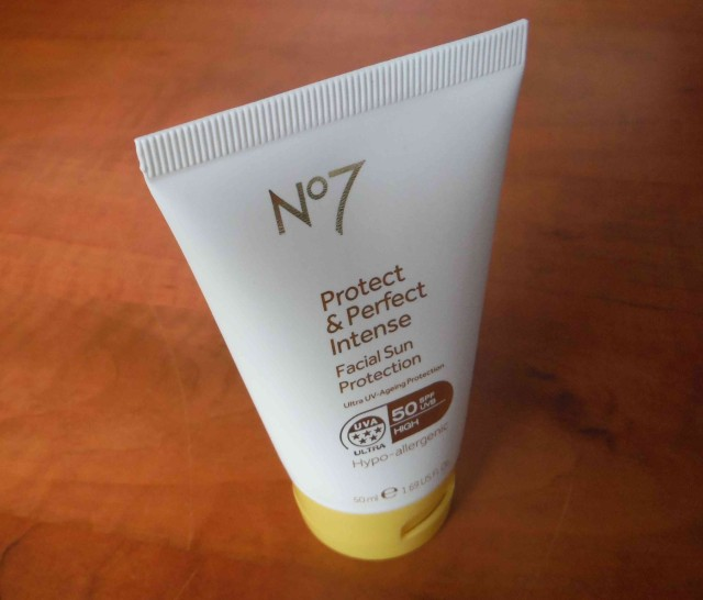 No7 Protect&Perfect